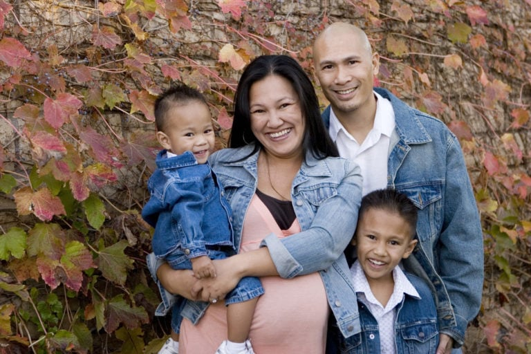 pregnant-mom-with-diverse-family